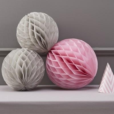Picture of Chevron Divine - Honeycomb Balls - Grey & Pink