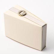 Picture of Antique White Pelle - Cake Box