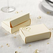 Picture of Contemporary Heart Cake Boxes in Ivory/Gold